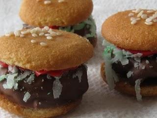 Vanilla Wafer Hamburgers