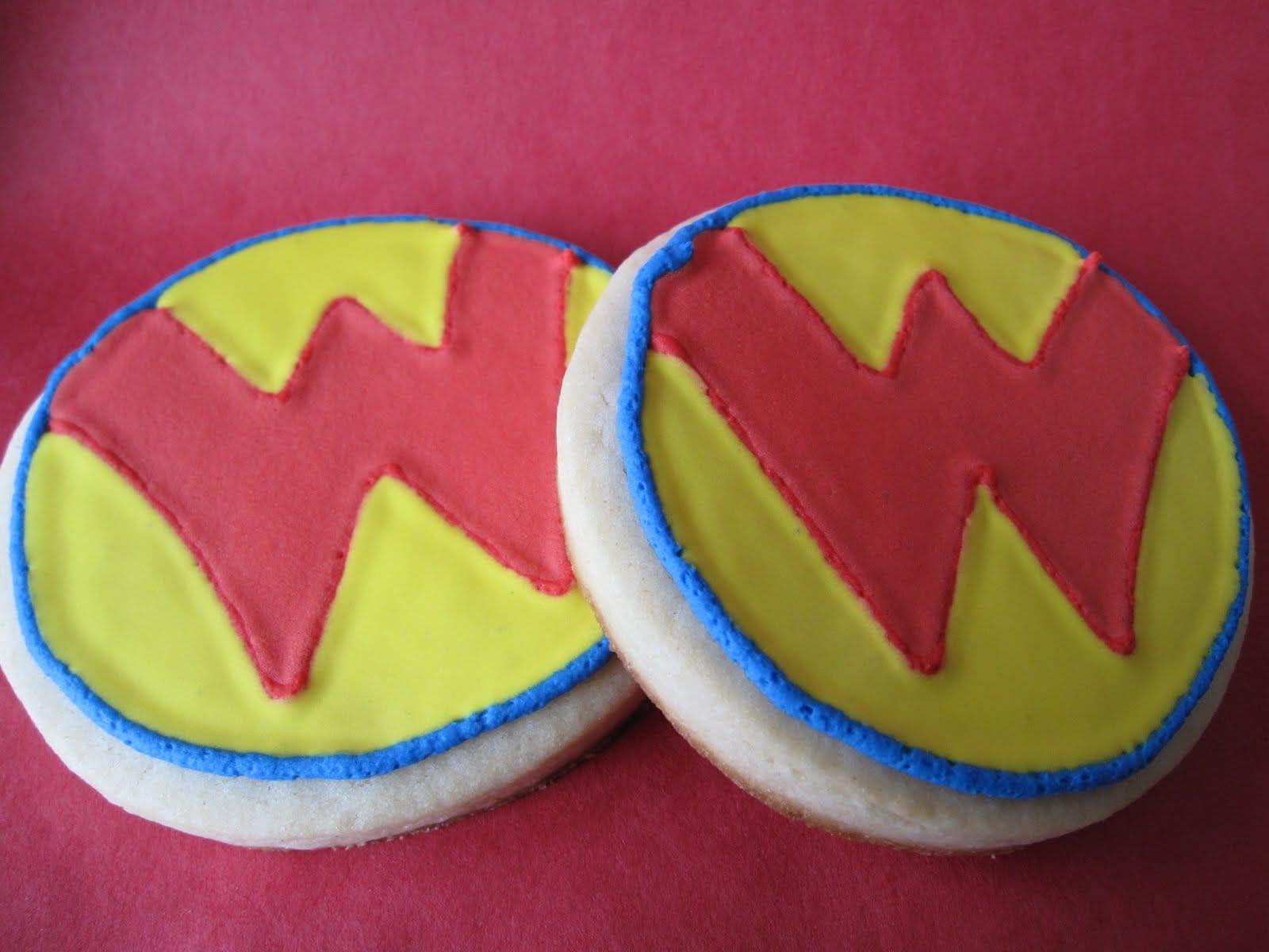 Two round Wonder Pets logo cookies