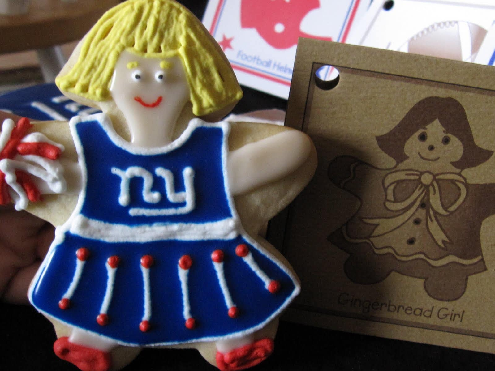 NY Giants cheerleader cookie