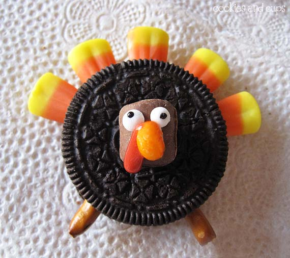 19 Edible Turkey Crafts Thanksgiving Crafts: Gobble Gobble Oreo Turkeys