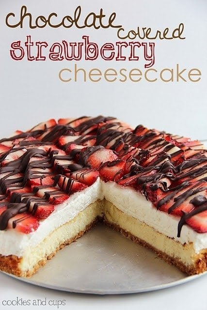 Chocolate Covered Strawberry Cheesecake | Cookies and Cups