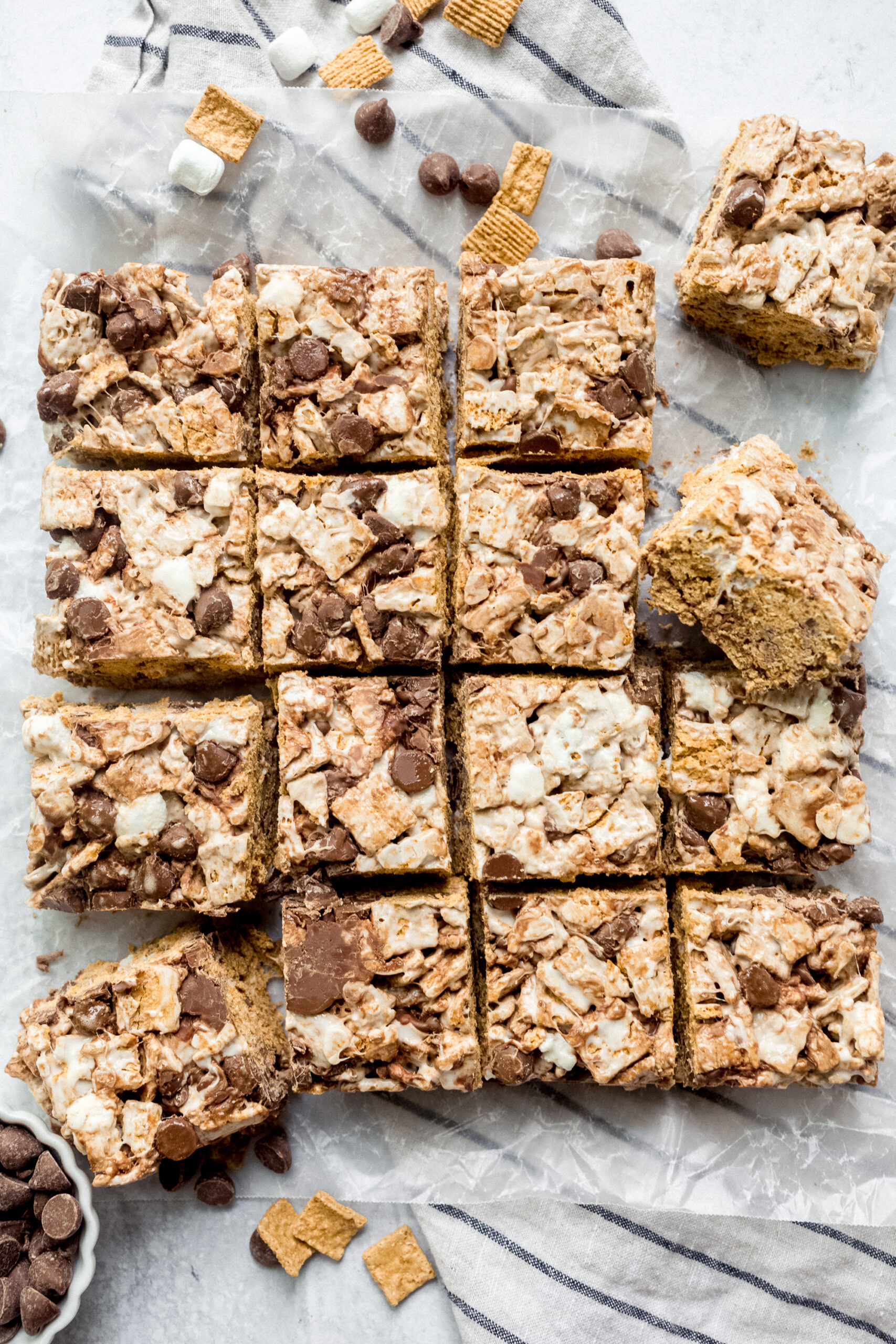 Golden Graham S'mores Bars from above