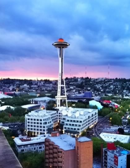 Photo of the Seattle Space Needle at sunset