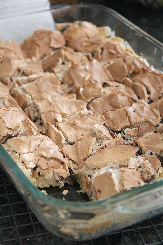 Mud Hen Bars.. a Gooey Chocolate Chip Marshmallow bar topped with Brown Sugar Meringue!