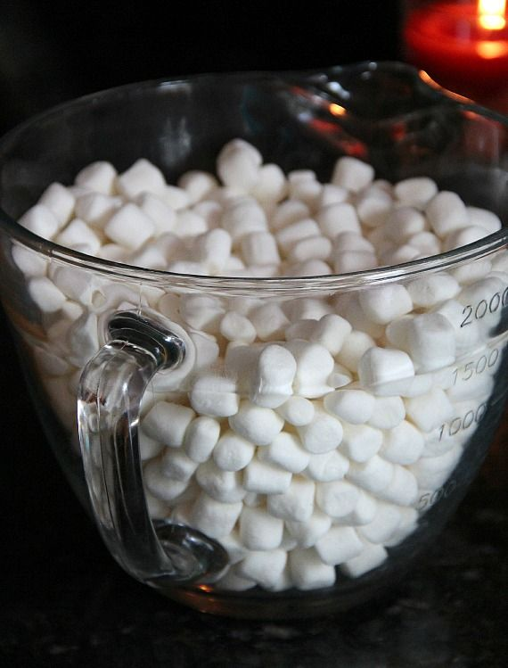 Mini marshmallows in a large glass measuring cup