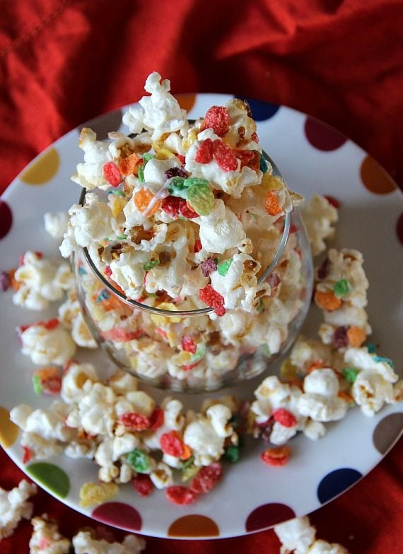A bowl of Fruity Pebbles kettle corn
