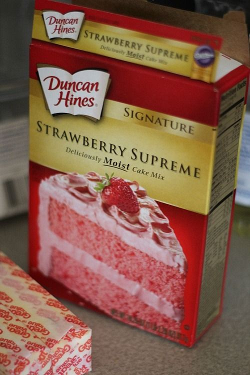 Image of Strawberry Cake Mix