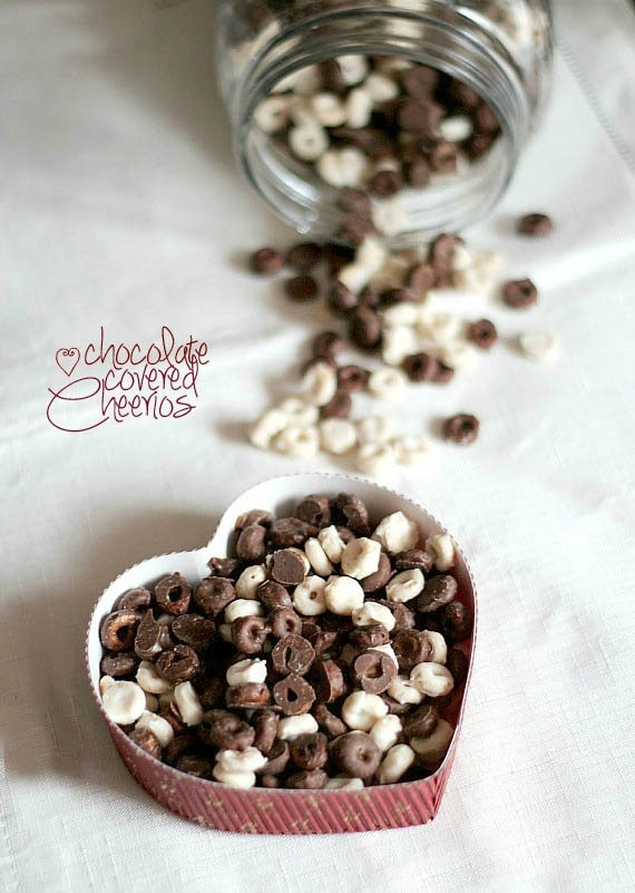 Chocolate Covered Cheerios | Cookies and Cups