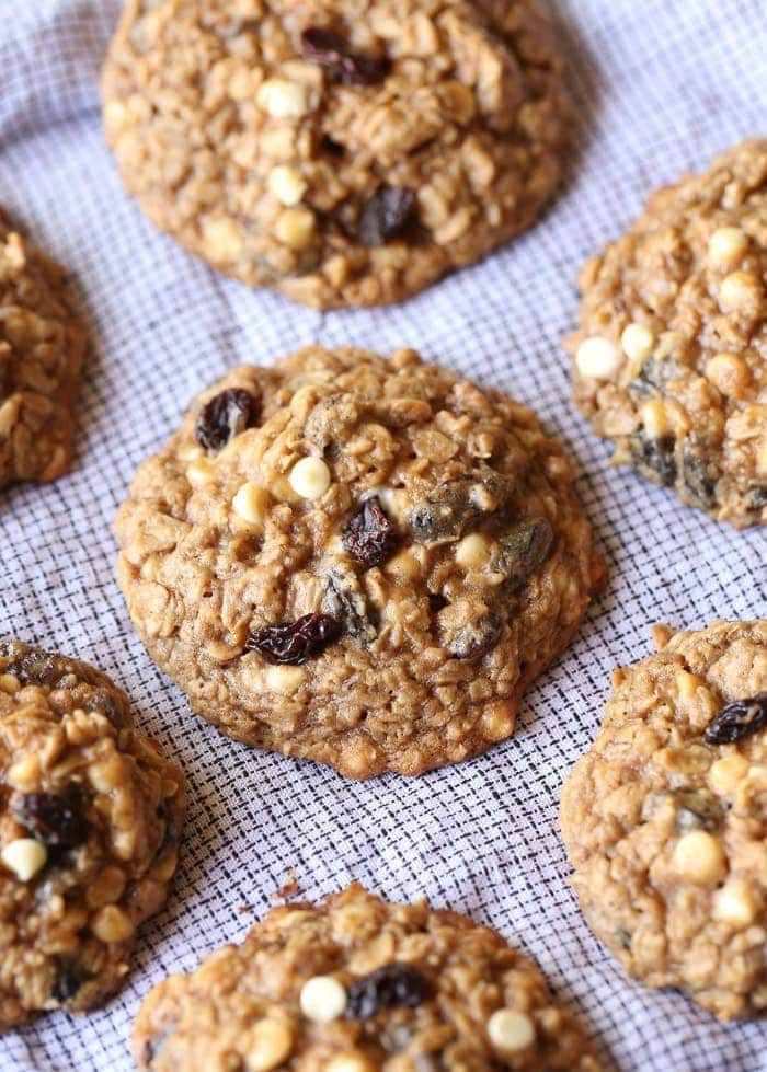 Oatmeal Cookies with raisins and chocolate chips