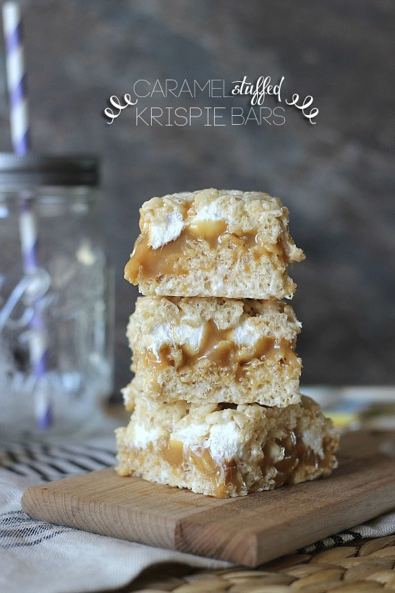 Caramel Stuffed Krispie Bars | Cookies and Cups