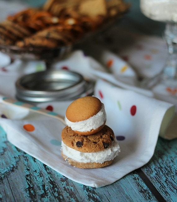 Oreo Cookie Filling Dip | Cookies and Cups