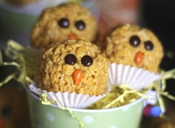 Krispie Treat Chicks | Cookies and Cups