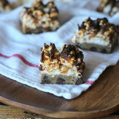 Chocolate Chip and Peanut Butter Popcorn Bars