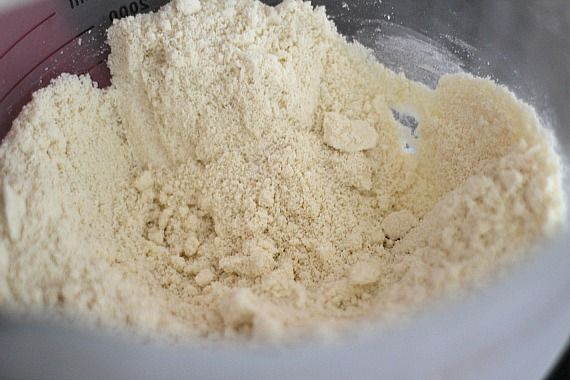 Dry ingredients for vanilla muffins in a bowl
