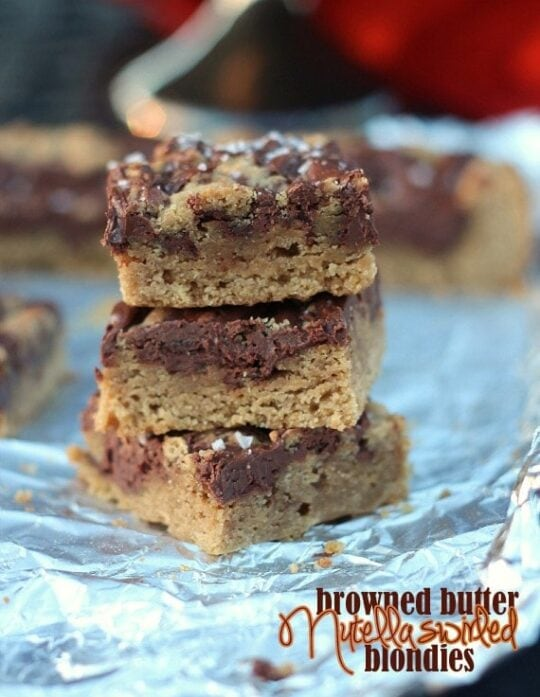 Browned Butter Nutella Swirled Blondies   Cookies and Cups