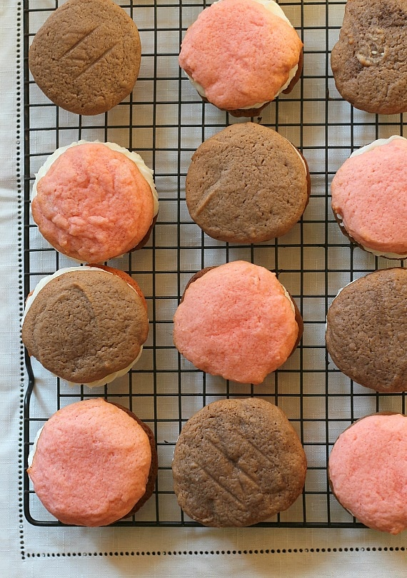 Neapolitan Cookie Sandwiches   Cookies and Cups