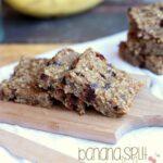 Banana Split Granola Bars | www.cookiesandcups.com | #banana #granola #recipe