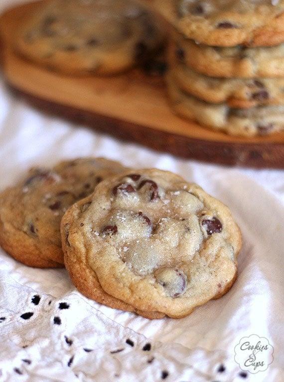 The Ritz Carlton Chocolate Chip Cookies   www.cookiesandcups.com