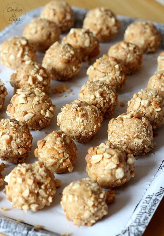 Salted Nut Roll Bites www.cookiesandcups.com