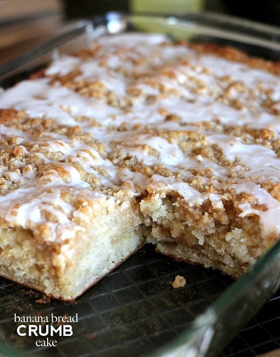 This Banana Bread Crumb Cake is a fun twist on both Banana Bread and ...
