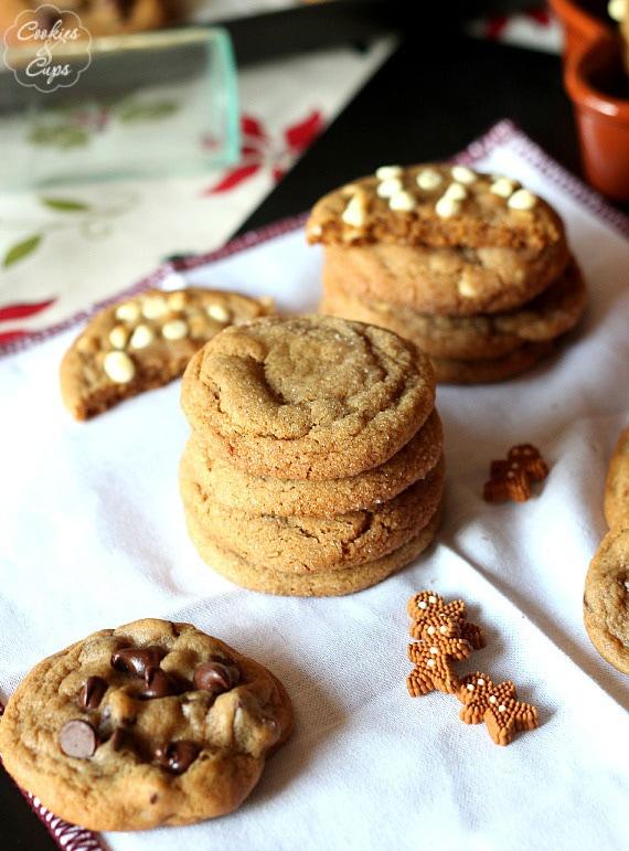 The Best Soft Gingerbread Cookies   www.cookiesandcups.com