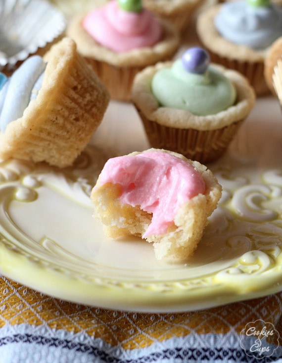 Buttermint Frosted Sugar Cookie Cups www.cookiesandcups.com