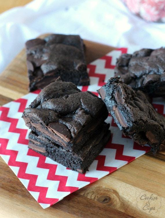Cake Mix Brownies   www.cookiesandcups.com