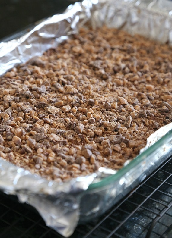 Brown Sugar Shortbread Toffee Cookie Bars.. A ruch brown sugar shortbread, smothered with a sweetened condensed caramel sauce topped with milk chocolate and toffee bits. SO GOOD!!