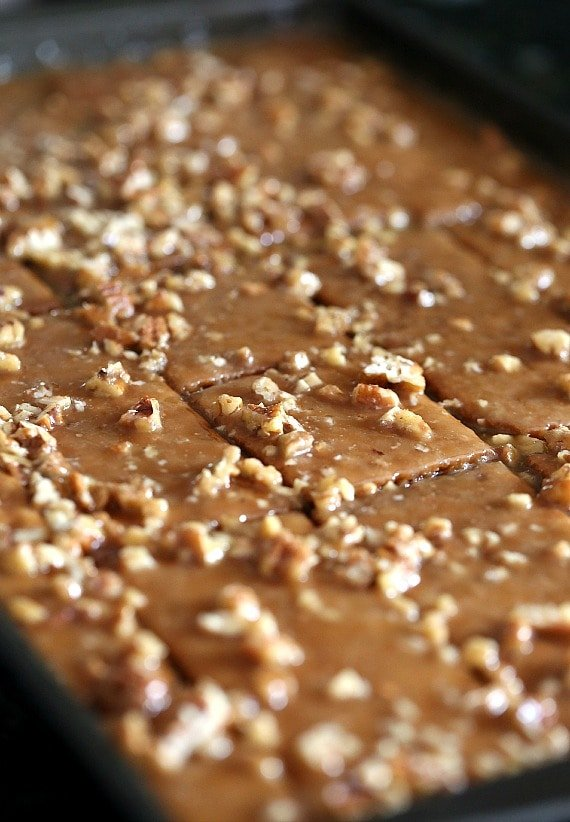 Praline Crack Cooling