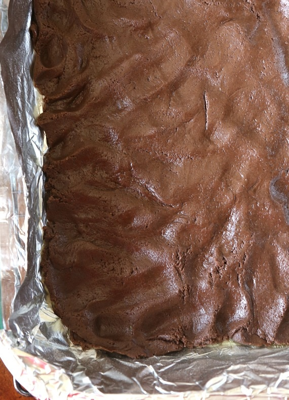 Cake mix base for Cookies and Cream Chess Squares