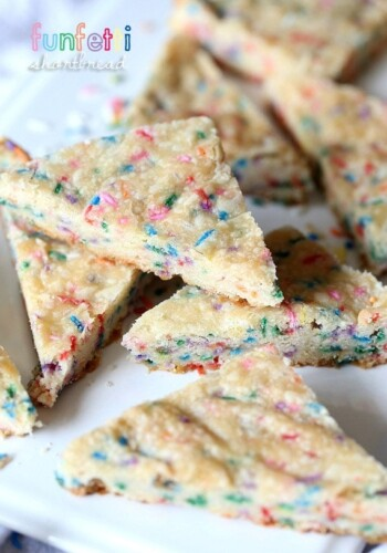 Funfetti Shortbread...a simple classic cookie made extra fun with loads of sprinkles!