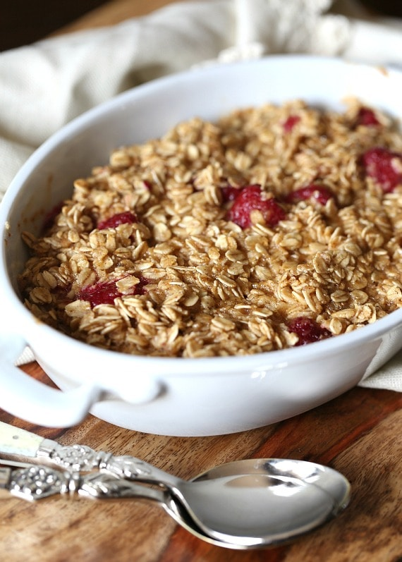 Baked Raspberry Oatmeal.. LOVE this warm, cozy breakfast!