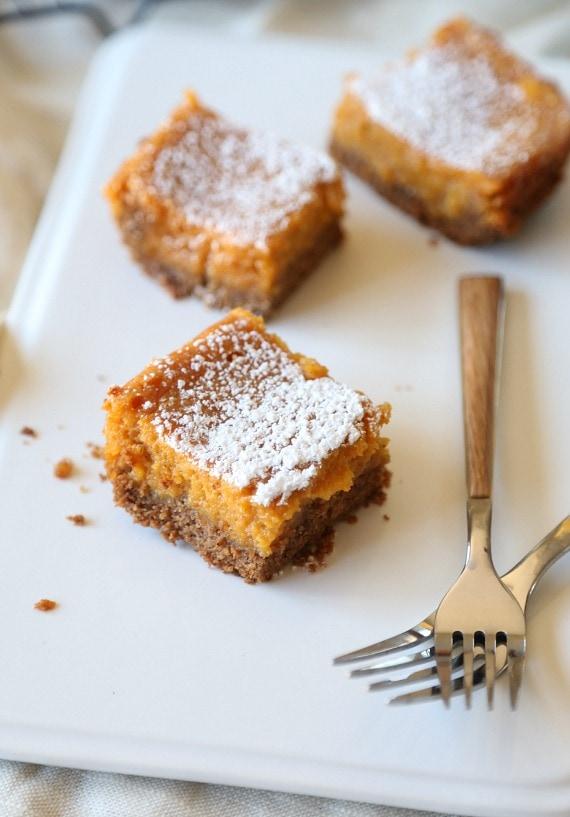 Pumpkin Gooey Butter Cake.. super easy and even better than pumpkin ...