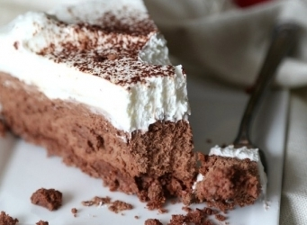 Sugar Wafer Chocolate Mousse Pie...a creamy dreamy pie with a deliciously sweet crust!