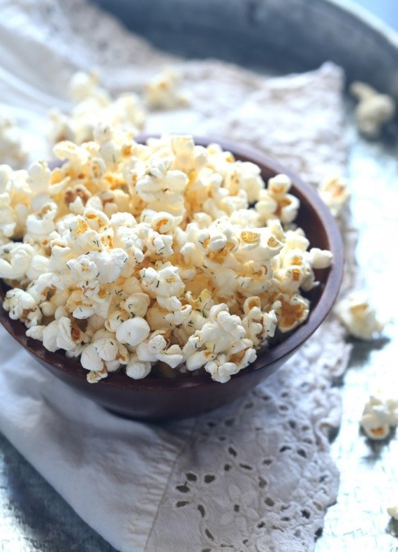 Salt and Vinegar Popcorn! Super easy and delicious!