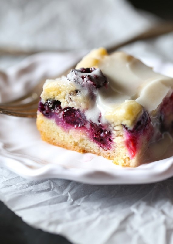 Berry Sugar Bars are bursting with summer berry flavors! The cookie ...