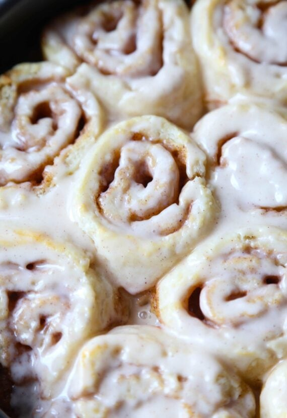 Super easy Warm and glazed Biscuit Cinnamon Rolls...so easy and ready ...
