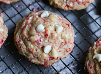 These Buttermint Cookies are so supremely soft, delicious and creamy! There are a few