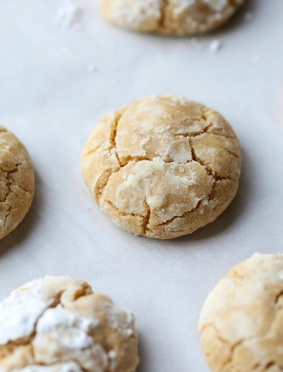 Brown Butter Cinnamon Crinkle Cookies - Cookies and Cups