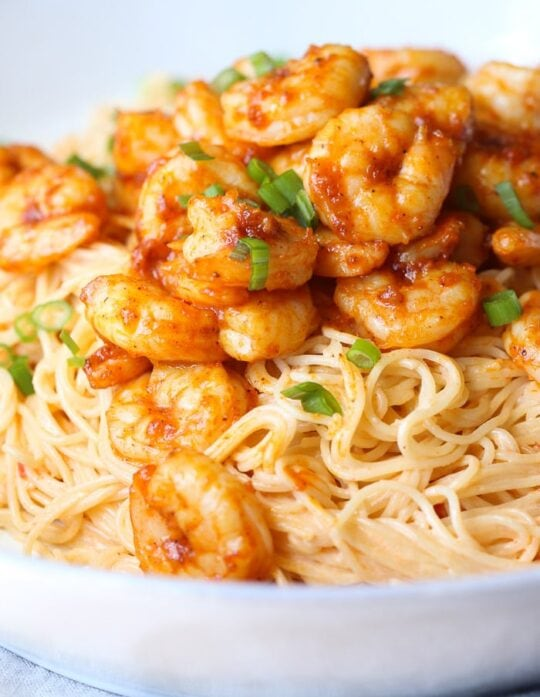 Skinny Bang Bang Shrimp Pasta recipe is a healthy easy shrimp recipe!
