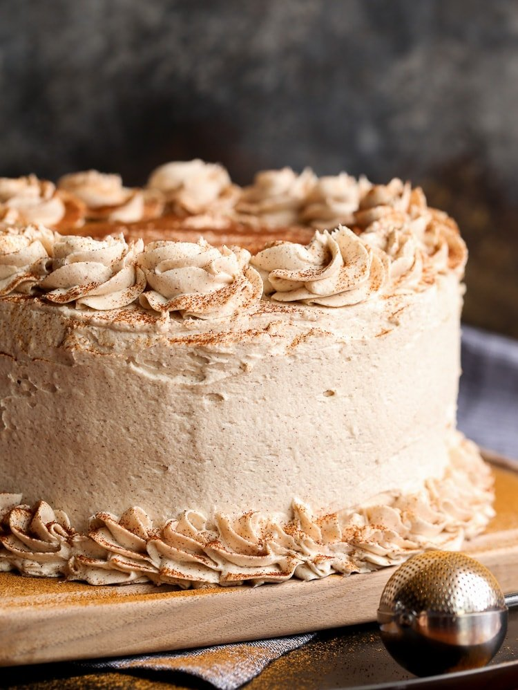 Cinnamon Roll Layer Cake A Buttery Cinnamon Cake Recipe