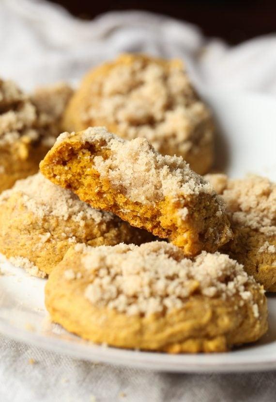 Cookie Sheet Crumb Cake