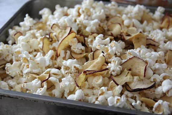 Image of Popcorn with Apple Chips