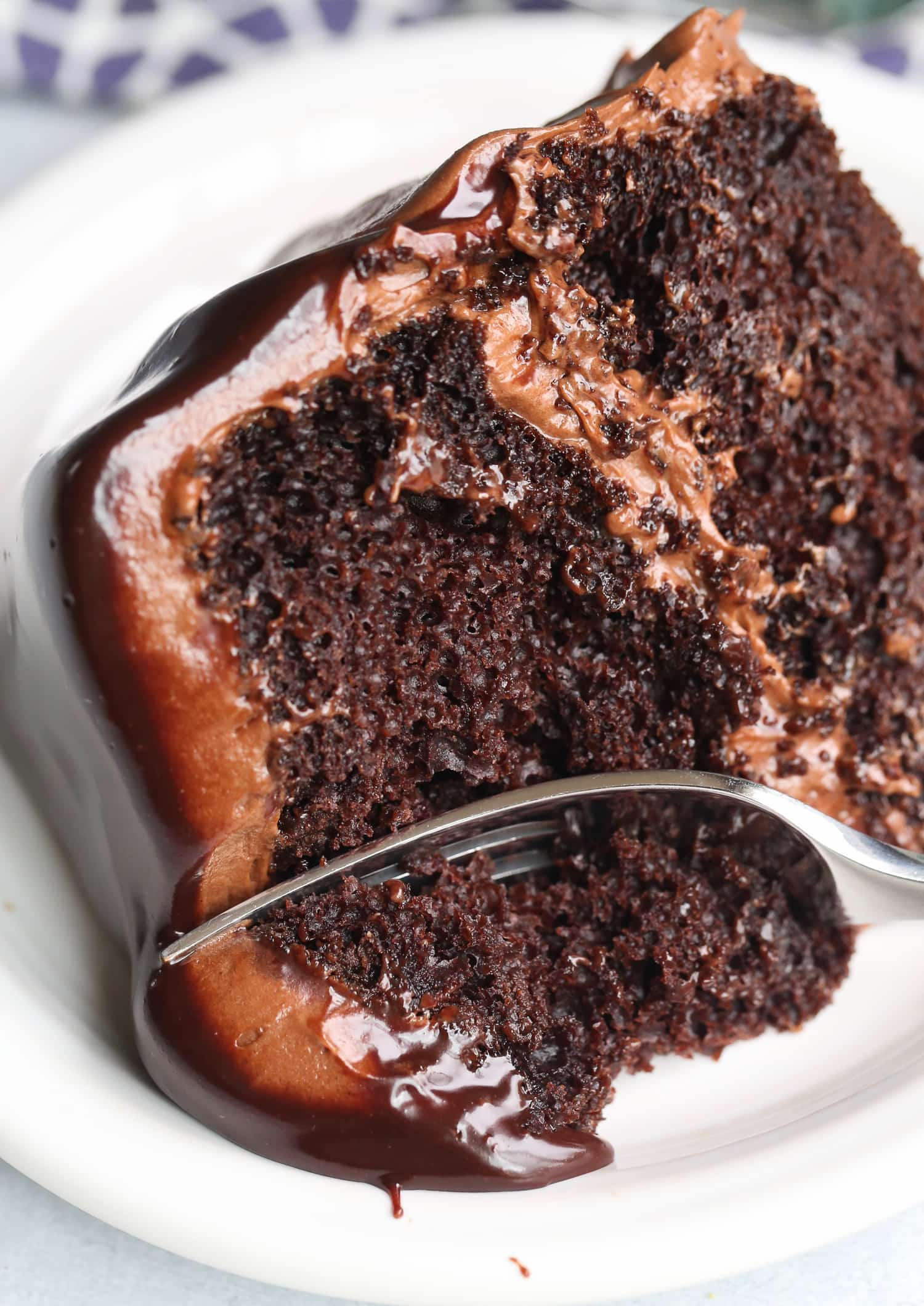 Perfect Chocolate Cake with Chocolate Cream Cheese Frosting