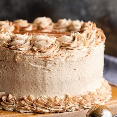 Astonishing Cinnamon Roll Layer Cake A Buttery Cinnamon Cake Recipe Funny Birthday Cards Online Sheoxdamsfinfo