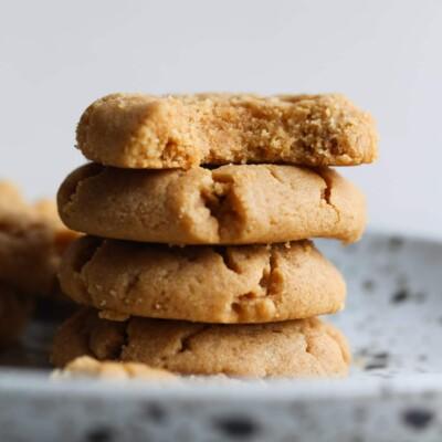 Flourless Peanut Butter Cookies Recipe | 4 Ingredient Easy