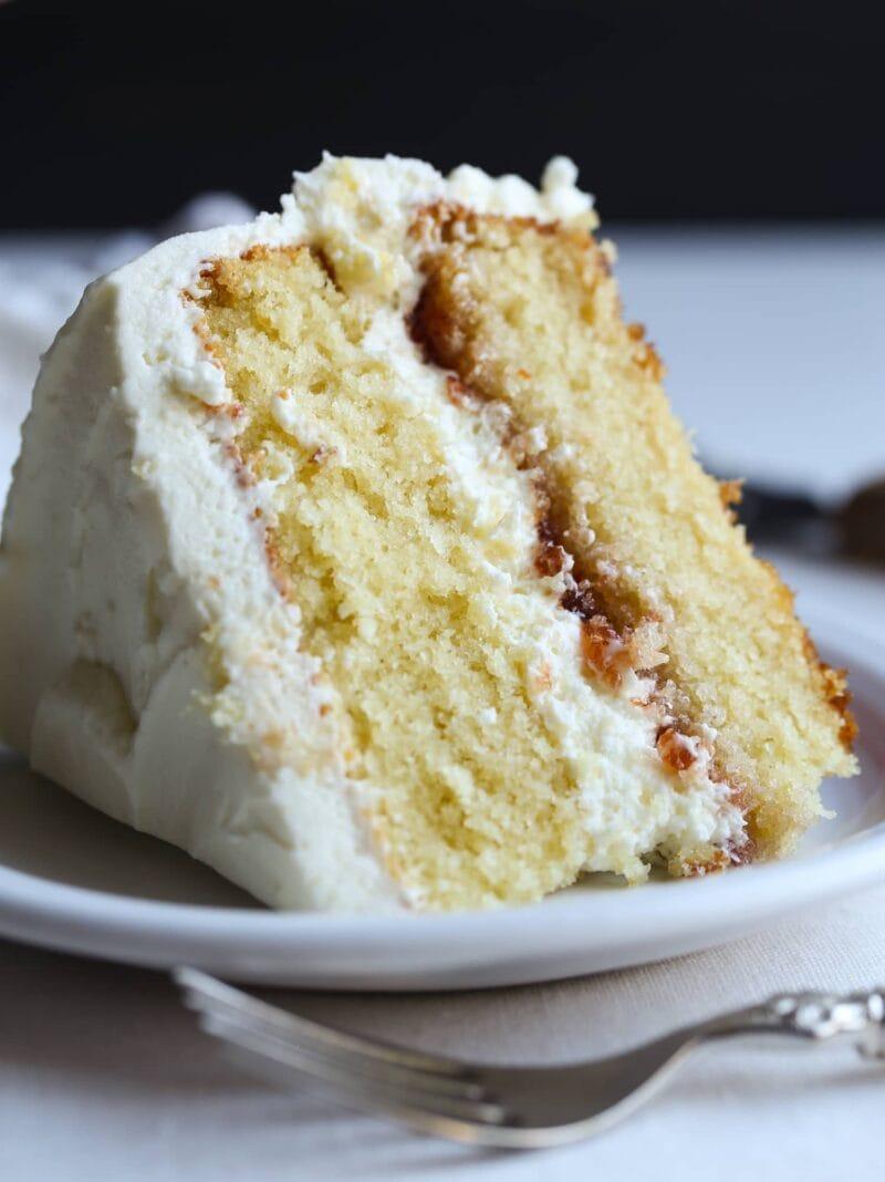 DELICIOUS White Chocolate Cake