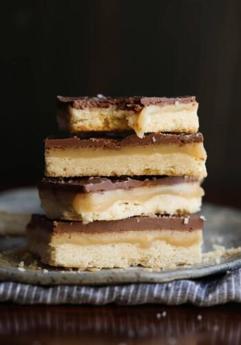 Chocolate Caramel Shortbread Bars - HOMEMADE TWIX