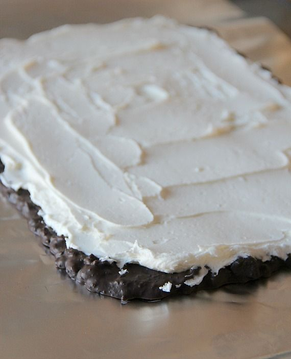 Image of Homemade Oreo Cream Spread Over Chocolate Base
