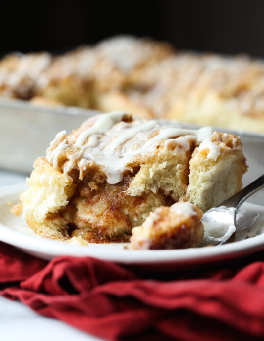 Apple Crumb Cinnamon Rolls